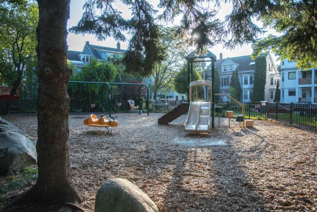 McIntyre Park and Playground on Taylor Street in the West End (2)
